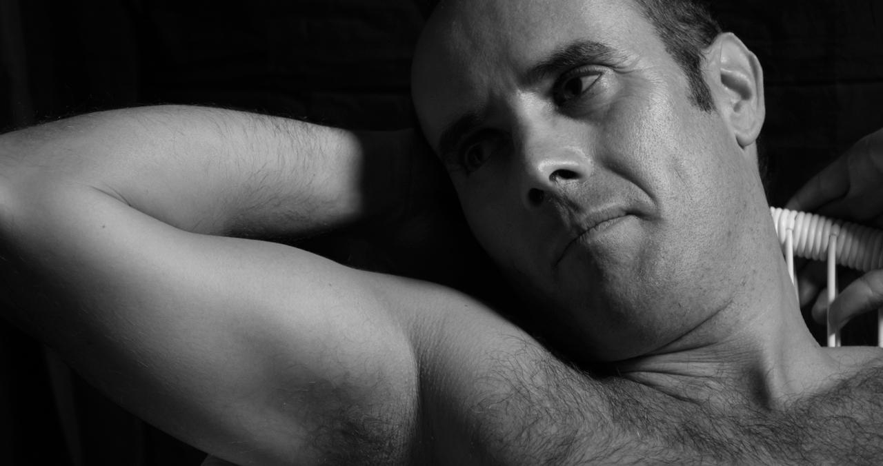 modelo-hombre-man-fotografía-retrato-blancoynegro