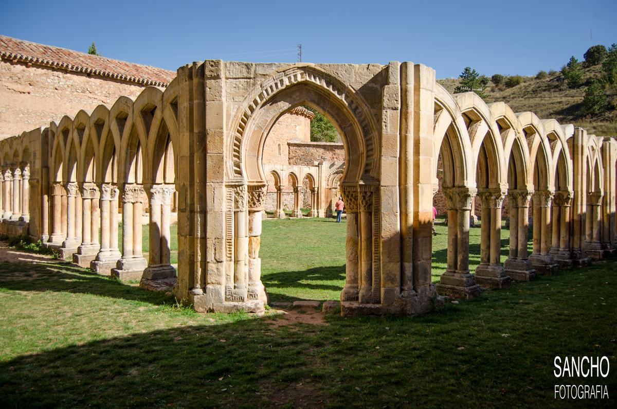 románico claustro arte