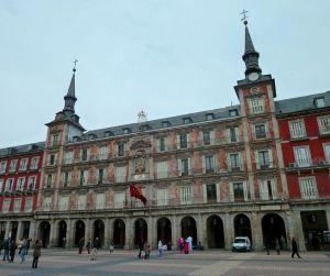 1024px-Casa_de_la_Panadería_(Plaza_Mayor_de_Madrid)_04