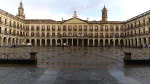 1920px-Plaza_de_España._Vitoria
