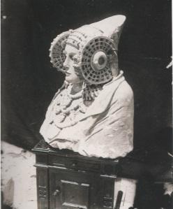 Una de las primeras fotografías tomadas de la Dama.