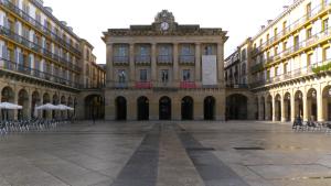 Plaza_de_la_Constitución._San_Sebastián